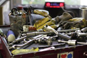 Werkzeug in einer KFZ-Werkstatt